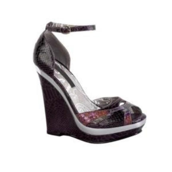 bd38de7ac6 Dollhouse Shoes - Dollhouse Nalyn purple textured wedges size 7.5